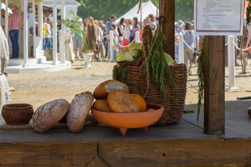 Хлеб и овощи, Времена и эпохи-2015, Коломенское