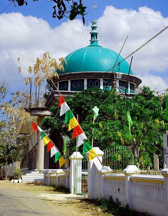 Мечеть на Мадуре