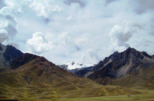 Анды на высоте 4335 м над уровнем моря.
