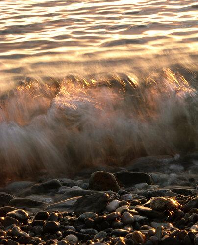 прозрачные волны Черного моря