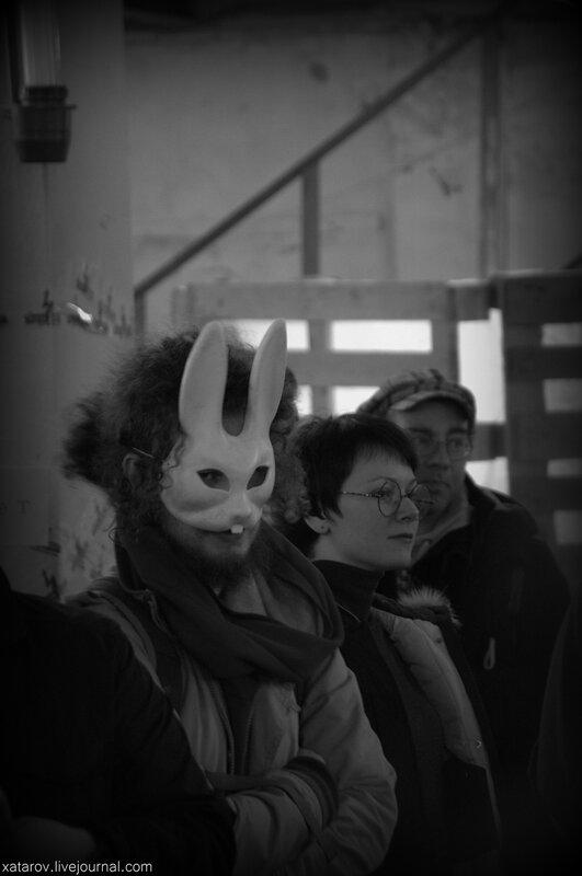 Аукцион в поддержку узников 6 мая в центре дизайна Artplay. 8 ноября 2014 года