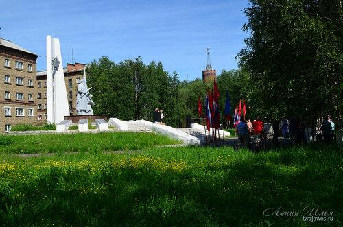 Фото города Инта №7728  Скульптурная композиция