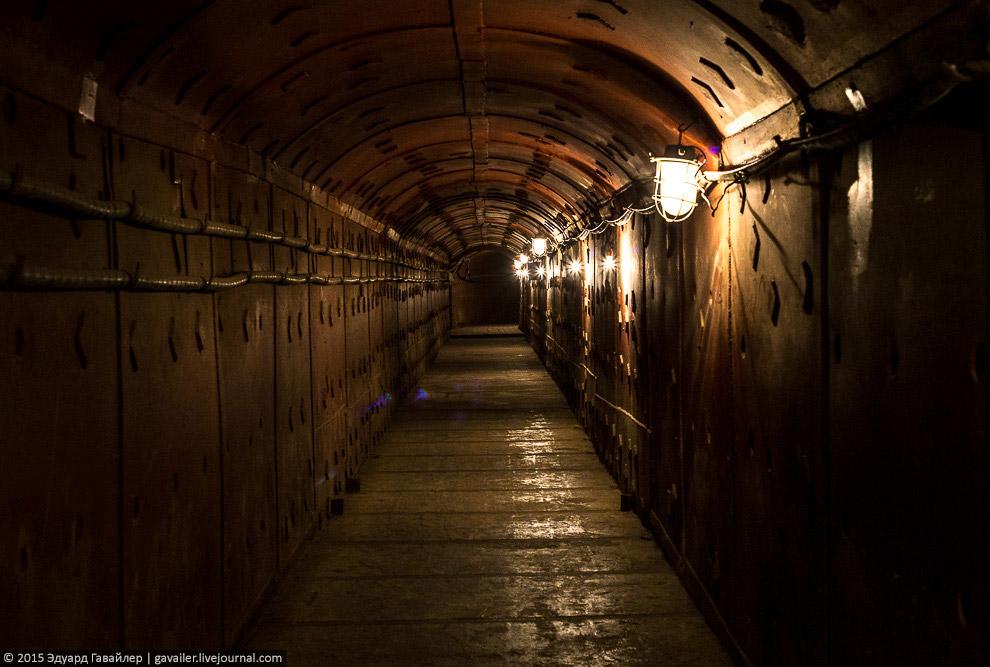 5. Бункеры в СССР строились с начала 30-ых годов и обычно были рассчитаны только на попадание авиабо