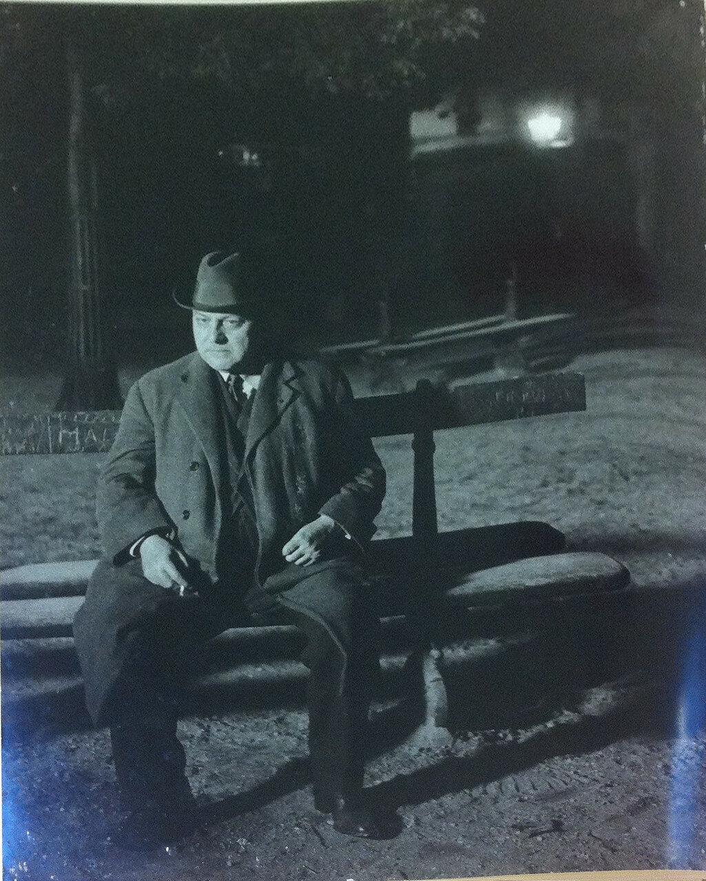 1932. Поэт Леон-Поль Фарг