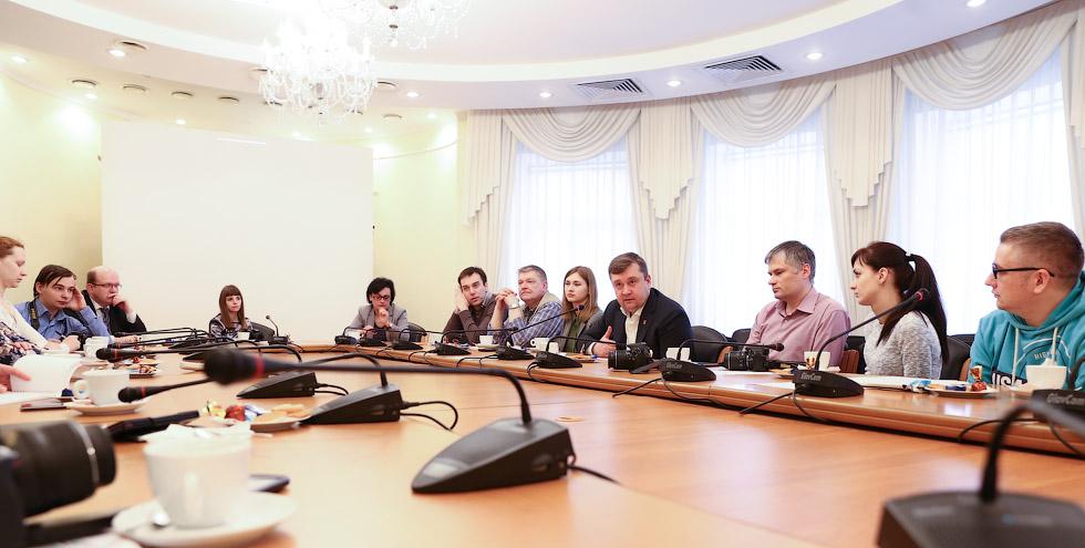 Губернатор Тверской области, блогеры
