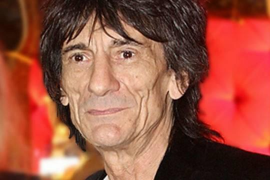 Гитарист The Rolling Stones Ронни Вуд станет отцом близнецов