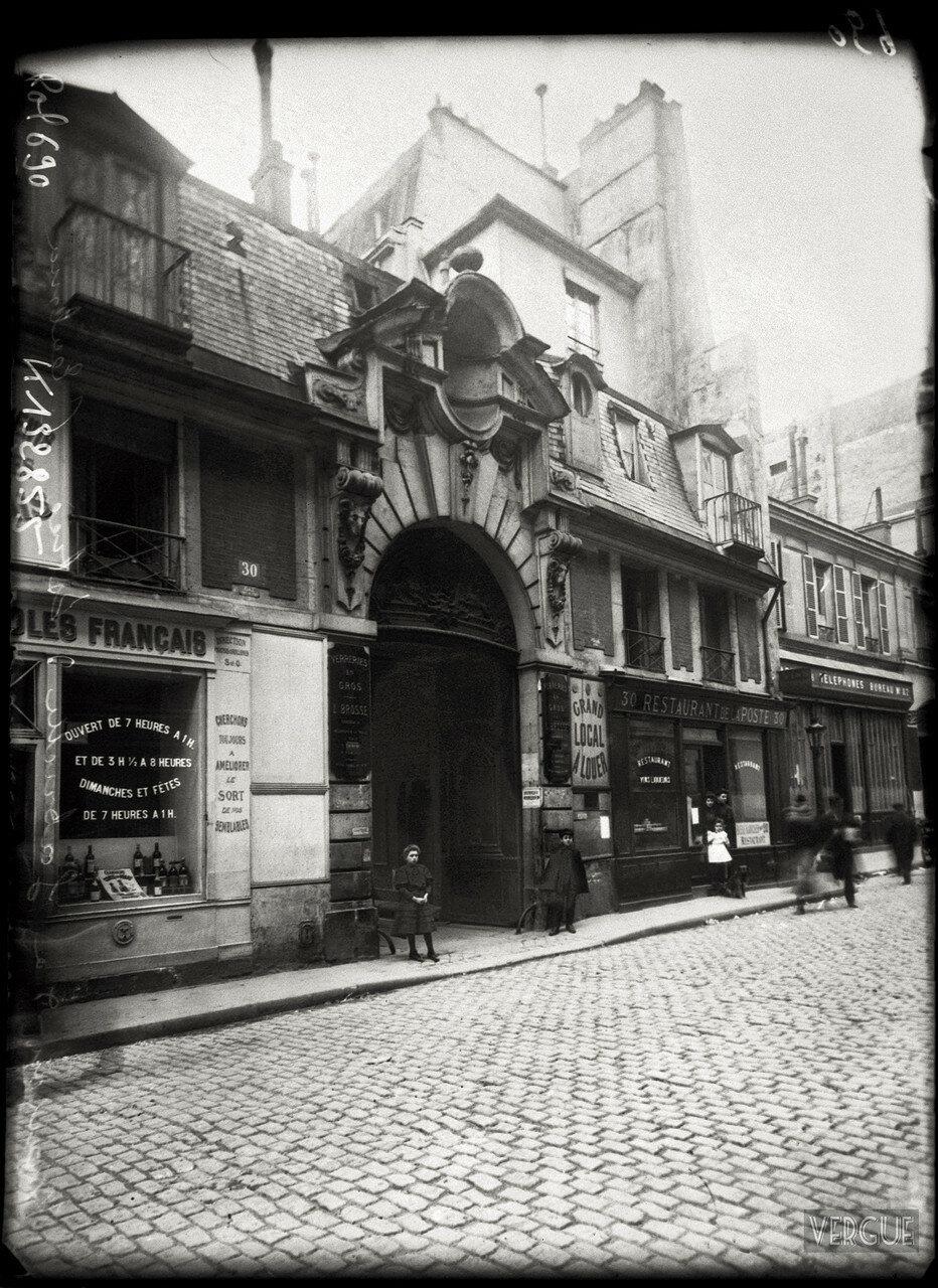 1908. Отель д'Альмере