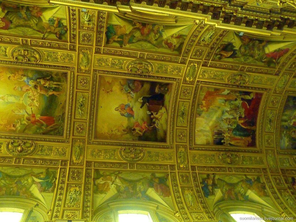 Самая большая барочная церковь Рима.