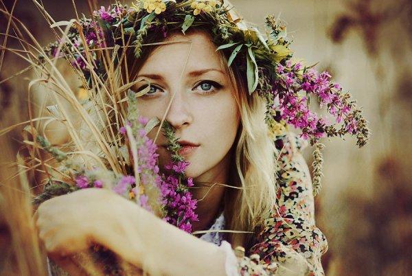 портреты с цветочными коронами