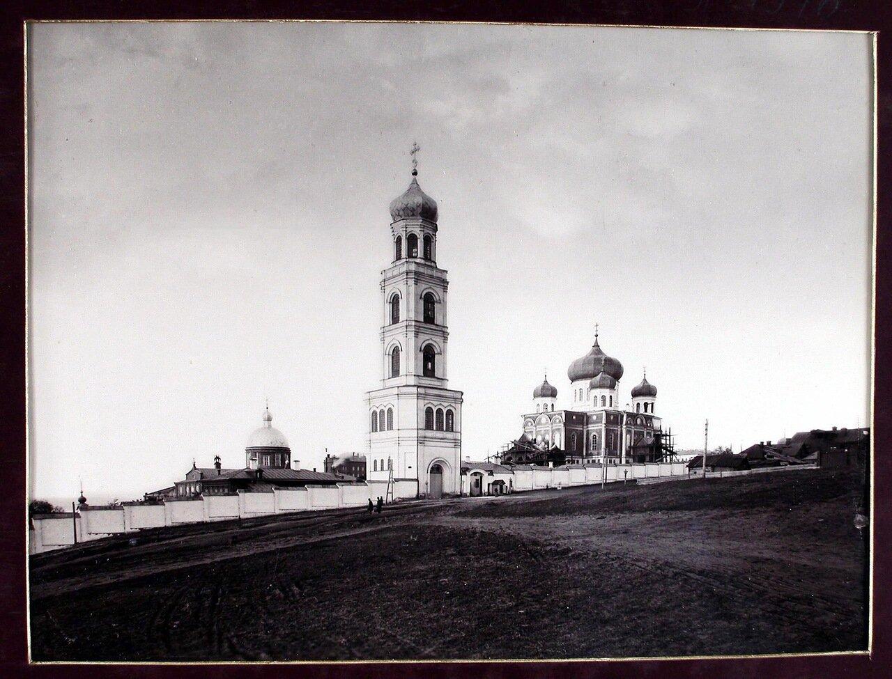 08. Вид на женский монастырь Иверской Божьей Матери