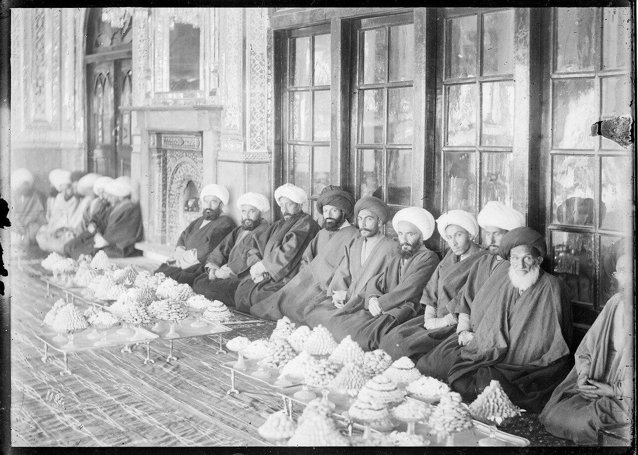 Тегеран.Дворцовый комплекс Гулистан. Свадебная церемония Азиза аль-Султан и Ахтар аль-Даулы, дочери Насреддин-шаха