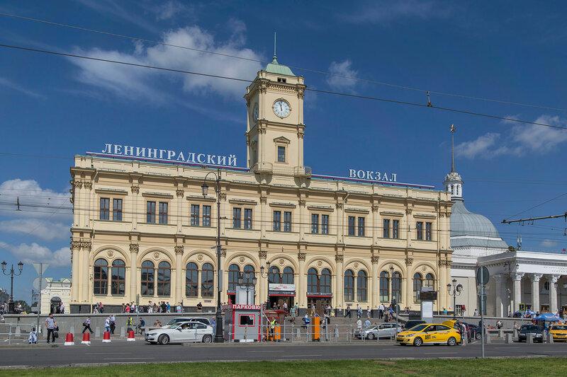 Здание Ленинградского вокзала.jpg