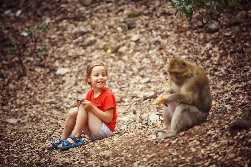 22. Встреча с дикой обезьяной в Марокко