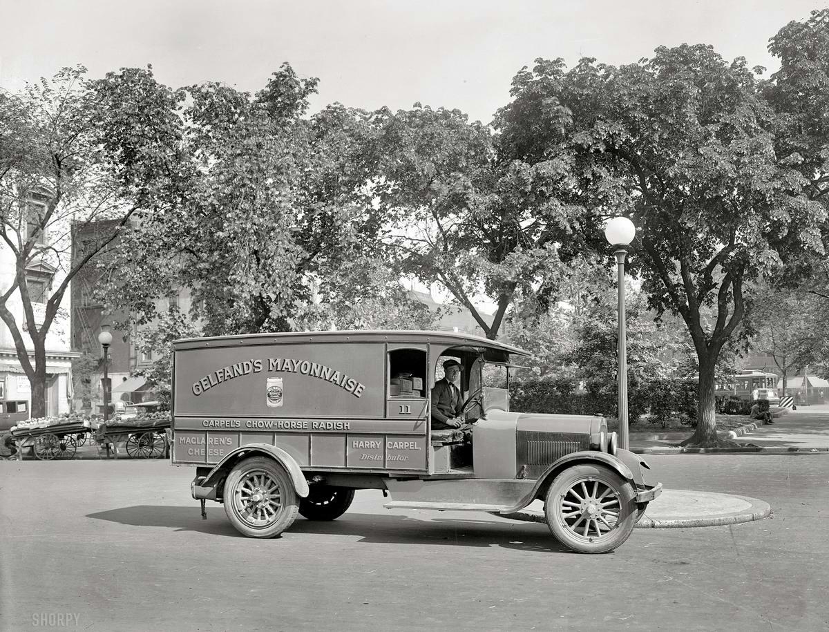 Грузовые автомобили начала 20-го века на снимках американских фотографов (27)