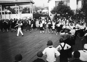 10. Москва. Танцы в Парке Культуры им. Горького
