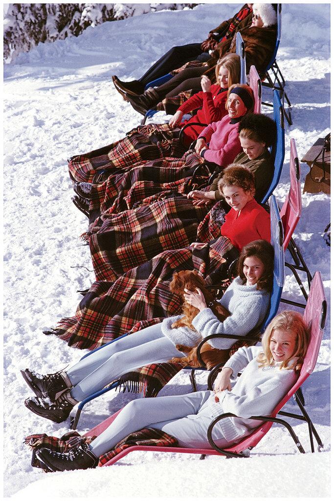 Ski party, Slim Aarons80.jpg