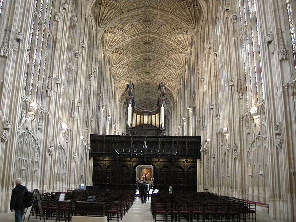 800px-King's_College_Chapel,_Cambridge_06_resize.JPG