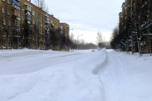 Фотография Инты №7464  Воркутинская 2 и 1 (количество выпавшего этой зимой снега в три раза превысило средние показатели) 18.02.2015_14:23