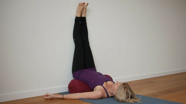 Всего 5 простых упражнений йоги для потрясающих снов