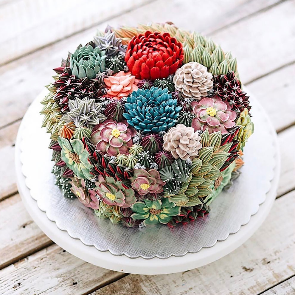 Delicious Flower and Terrarium Cakes (7 pics)