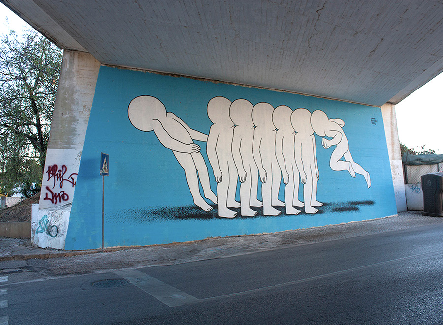 Quirky Murals and Street Interventions of Anonymous Silhouette Figures by Daan Botlek (8 pics)