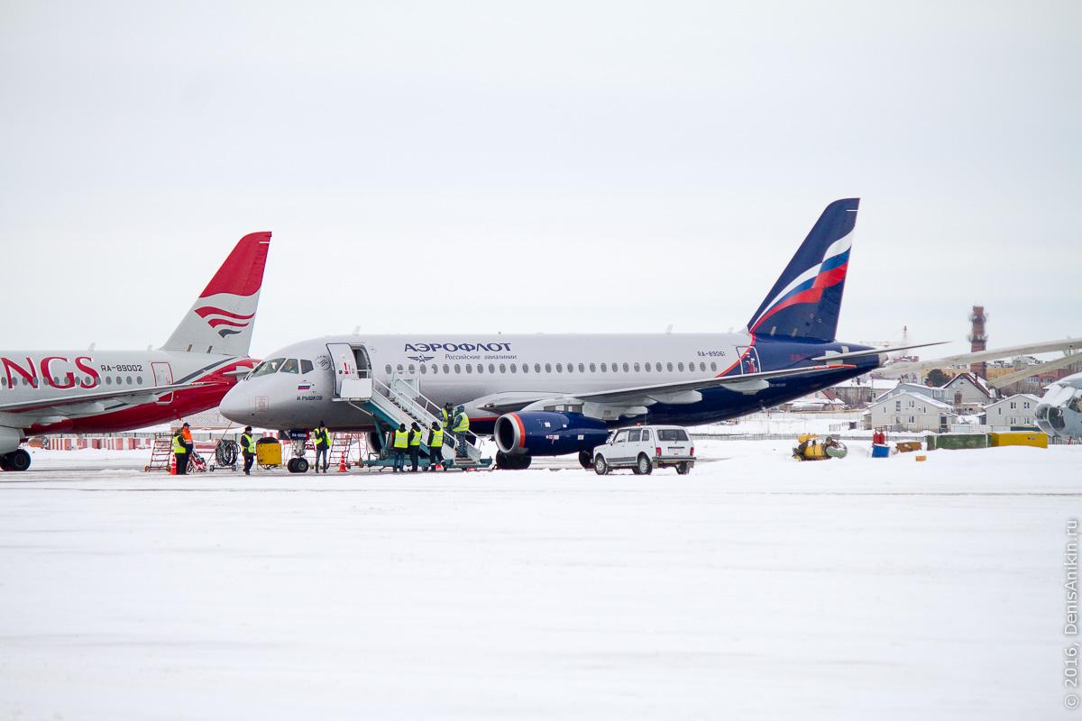 аэропорт саратов embraer ssj аэрофлот 13