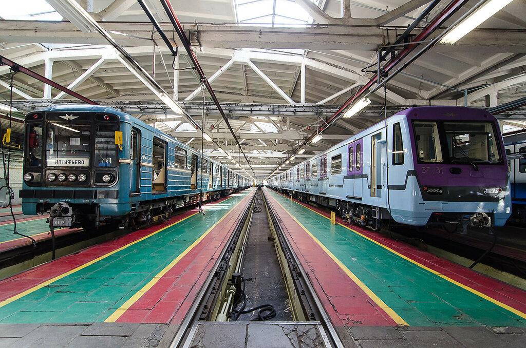 проталины фото грузового состава метро одна самых спорных