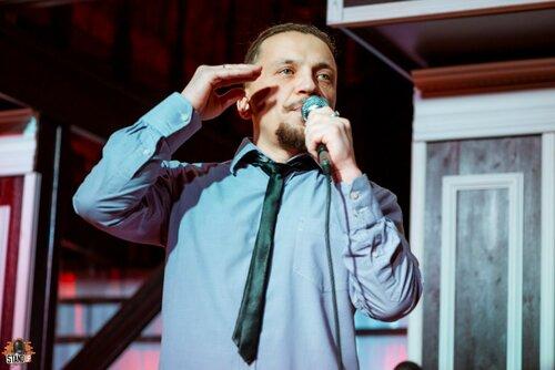 Денис Лазарев