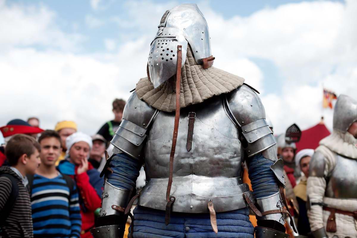 Эпизоды Столетней войны: Реконструкция битвы при Азенкуре в Северной Франции (17)