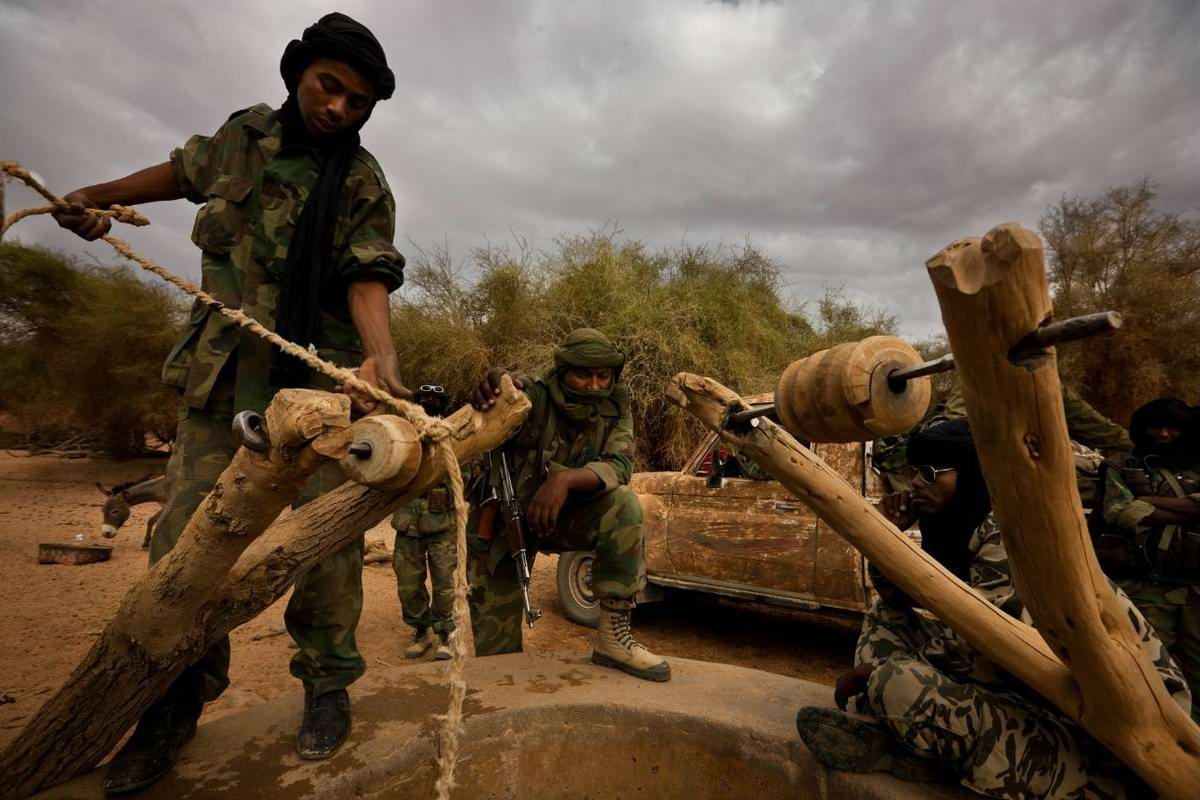 Воинственные североафриканские туареги на снимках фотографа из ЮАР Brent Stirton (16)
