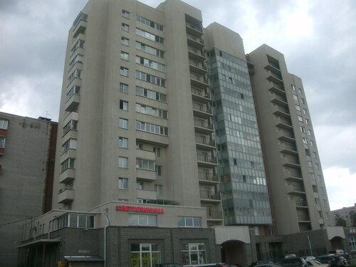 ул. Типанова 40