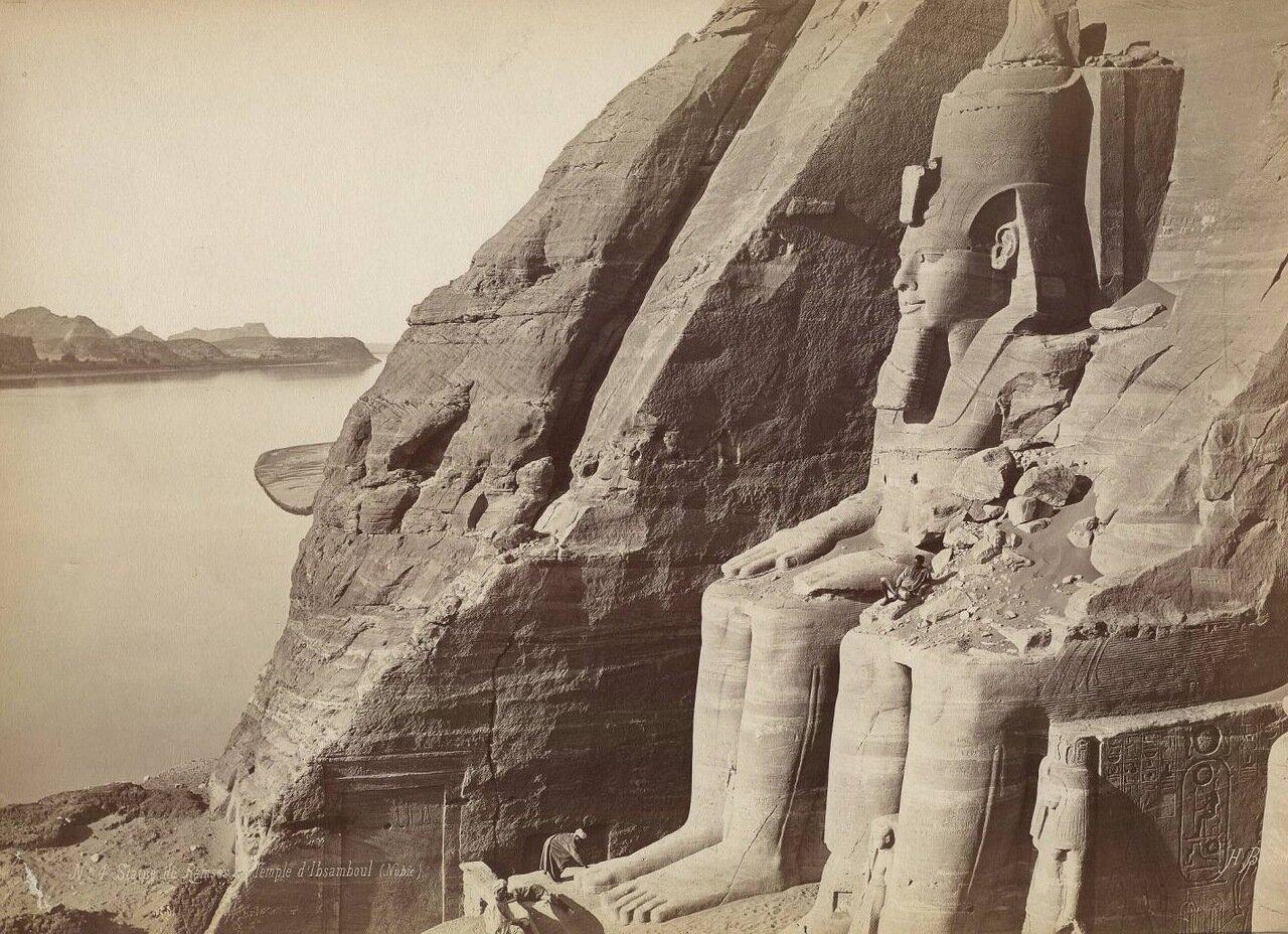 Абу-Сибел. Статуя Рамзеса II
