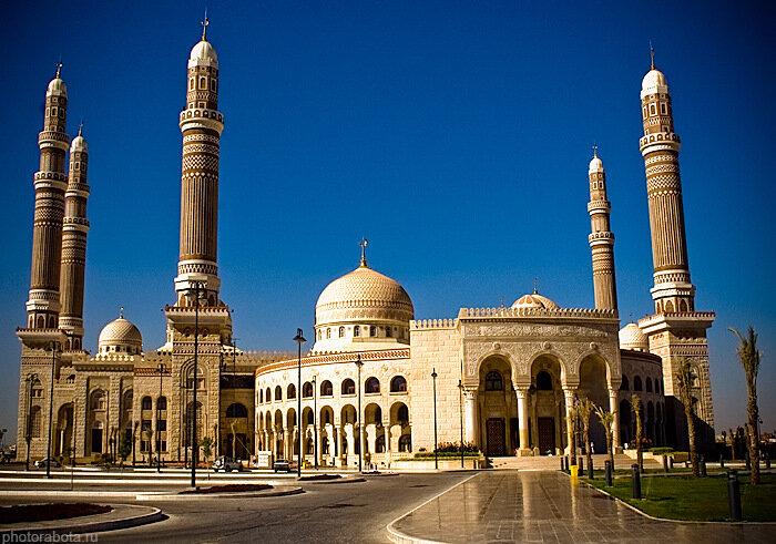 Al-Saleh Mosque, Sanaa, Yemen