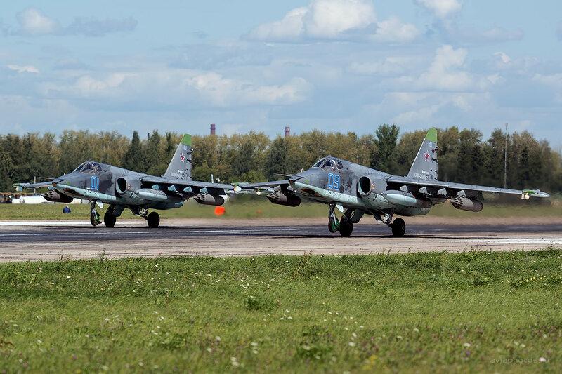 Сухой Су-25СМ (RF-91968 / 09 синий) D800329