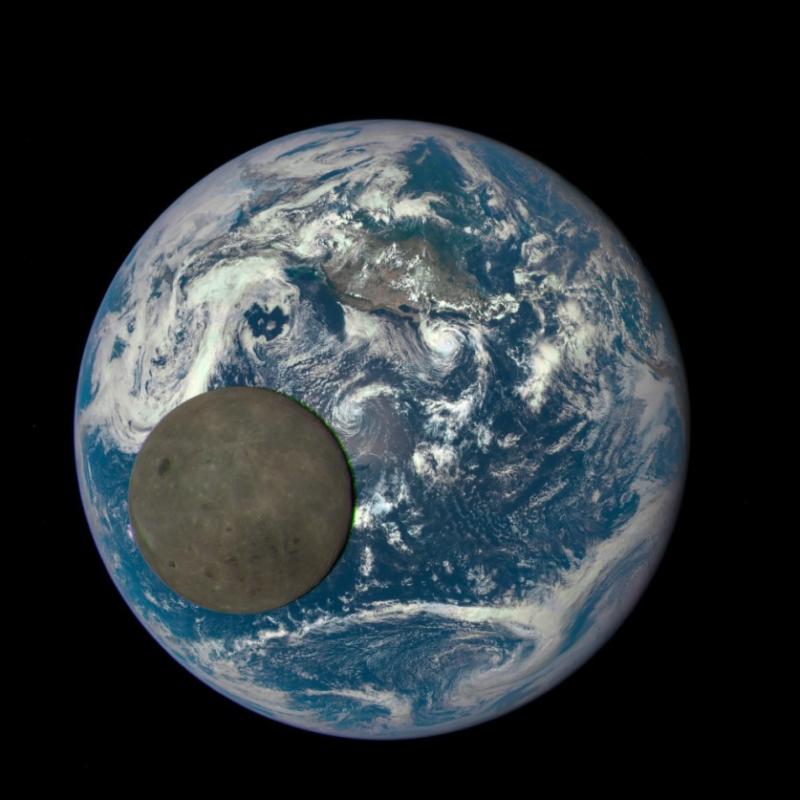 обратная сторона Луны.jpg