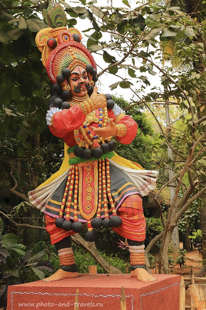 Фотография 8. Скульптура танцора. Отчеты туристов о путешествии по Индии. Поездка по Карнатаке. 1/125, -1, 7.1, 400, 36