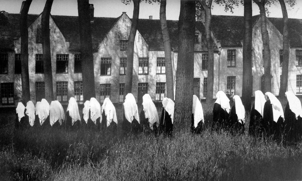 1956. Бегинки из Брюгге