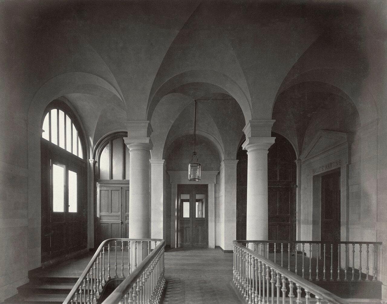 1861–70. Отель-Дьё. Интерьер