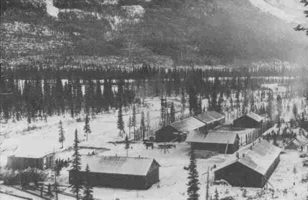Оттер-Крик, Британская Колумбия лагерь для интернированных украинцев, 1916.