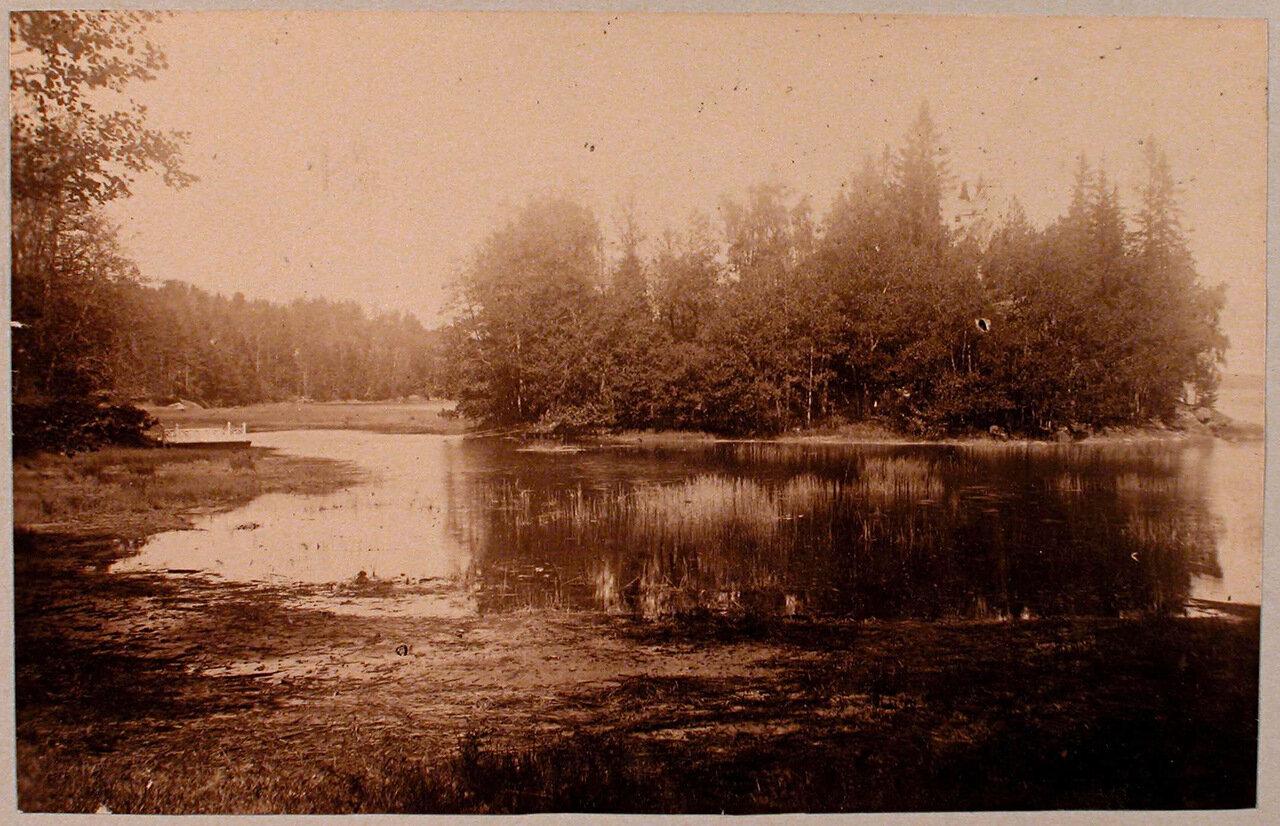 21. Вид на остров Людвигштайн; слева - паромная переправа