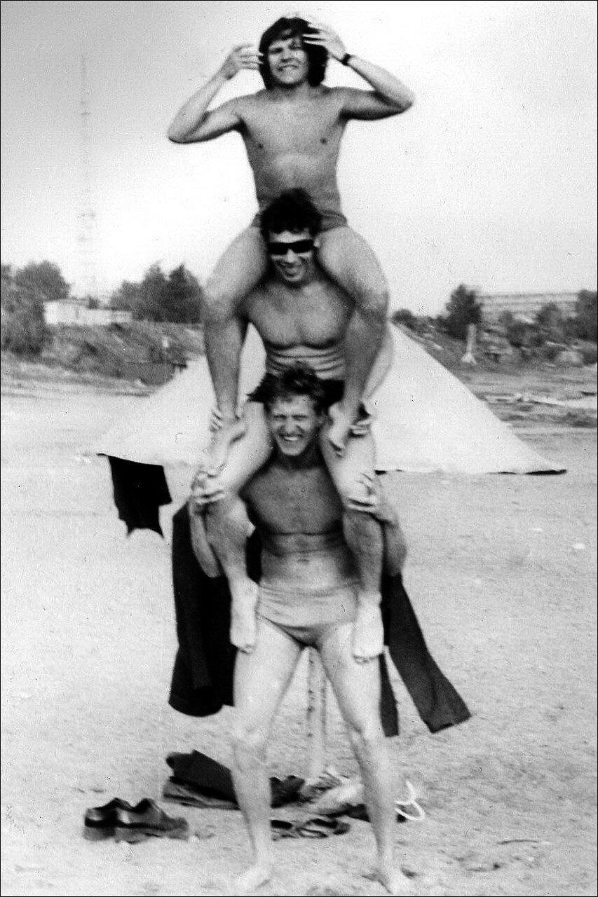 1978. Пляж на берегу Иртыша