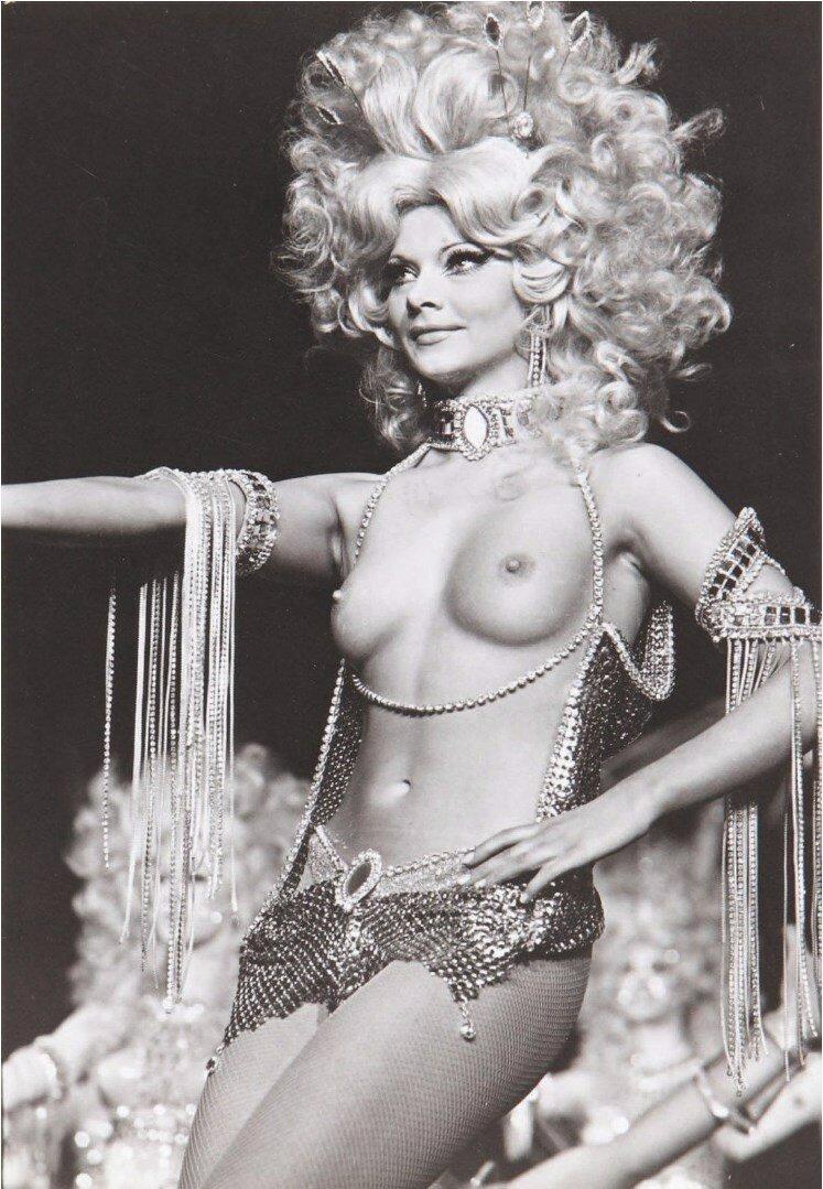 1960. Танцовщица Мюзик-холла