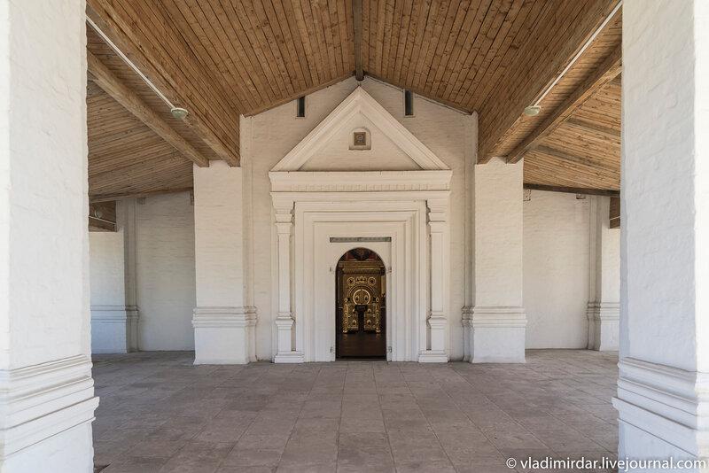 Западный портал Храма Вознесения в Коломенском