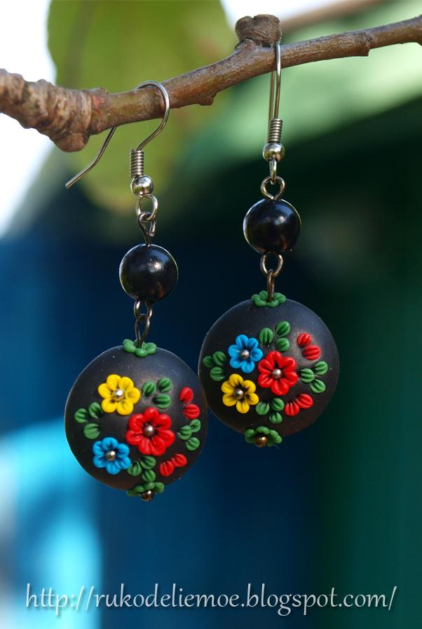 Серёжки из пластики - цветы, цветочная филигрань