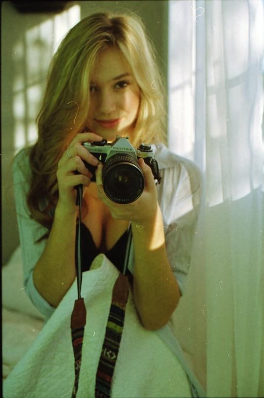 Красивые фотографии молодой модели Алексис Рен 0 14233b ab4e63d8 orig