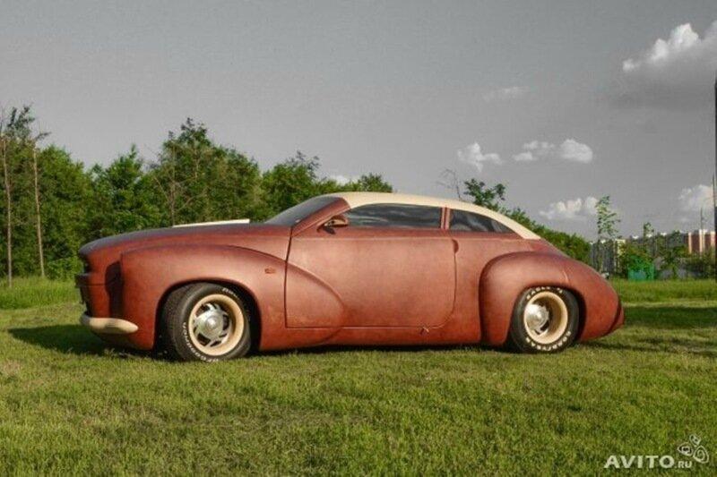 Автомобиль, покрытый кожей бизона и соболиным мехом, продавался на Avito