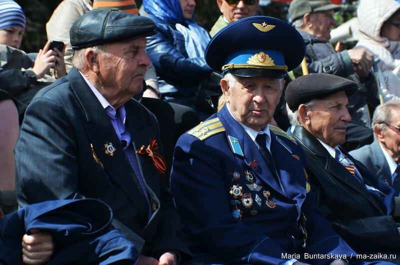 Парад Победы, Саратов, Театральная площадь, 08 мая 2015 года