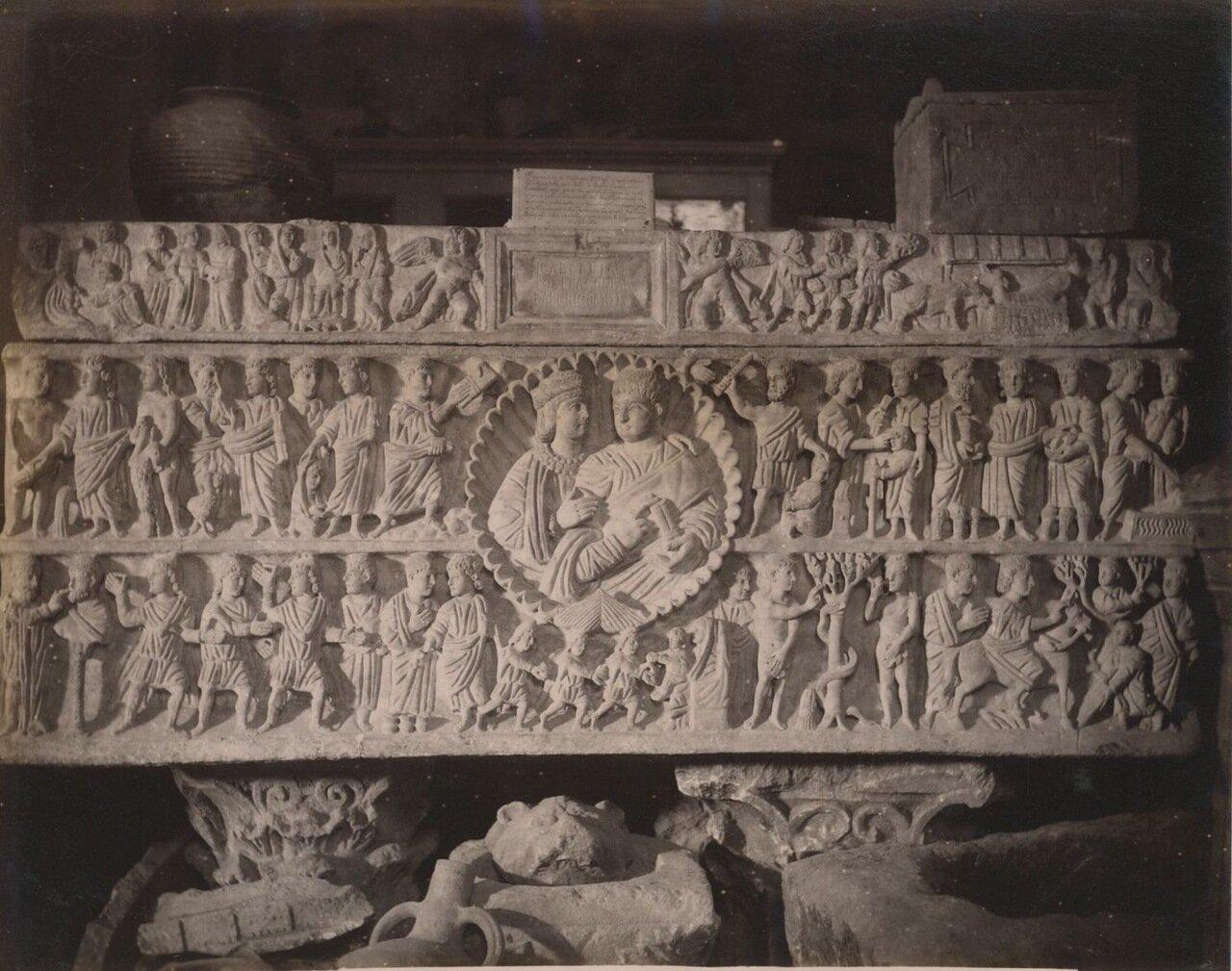 Сиракузы. Саркофаг из музея