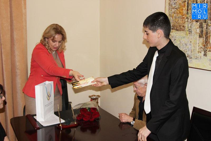 Дагестанец победил вмузыкальном конкурсе «Viva, Roma!» вИталии