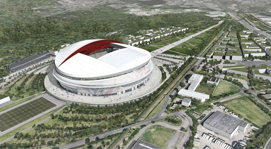Сдвижной крышей на стадионе сегодня никого не удивить, но вот выдвижным полем пока можно. Именно так